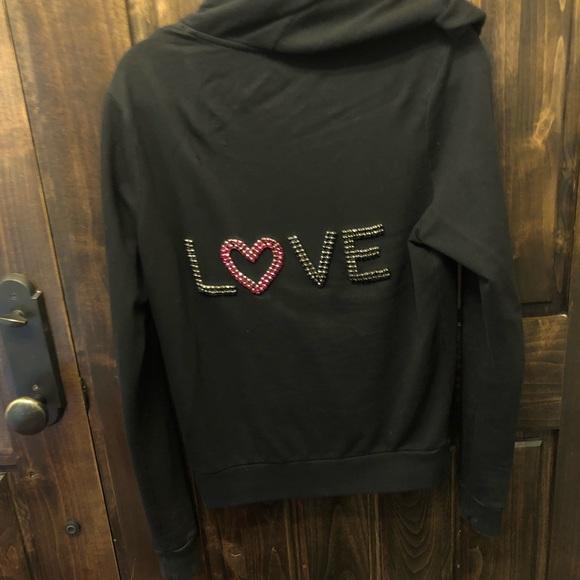 TWISTED HEART Tops - Twisted Heart sweatshirt